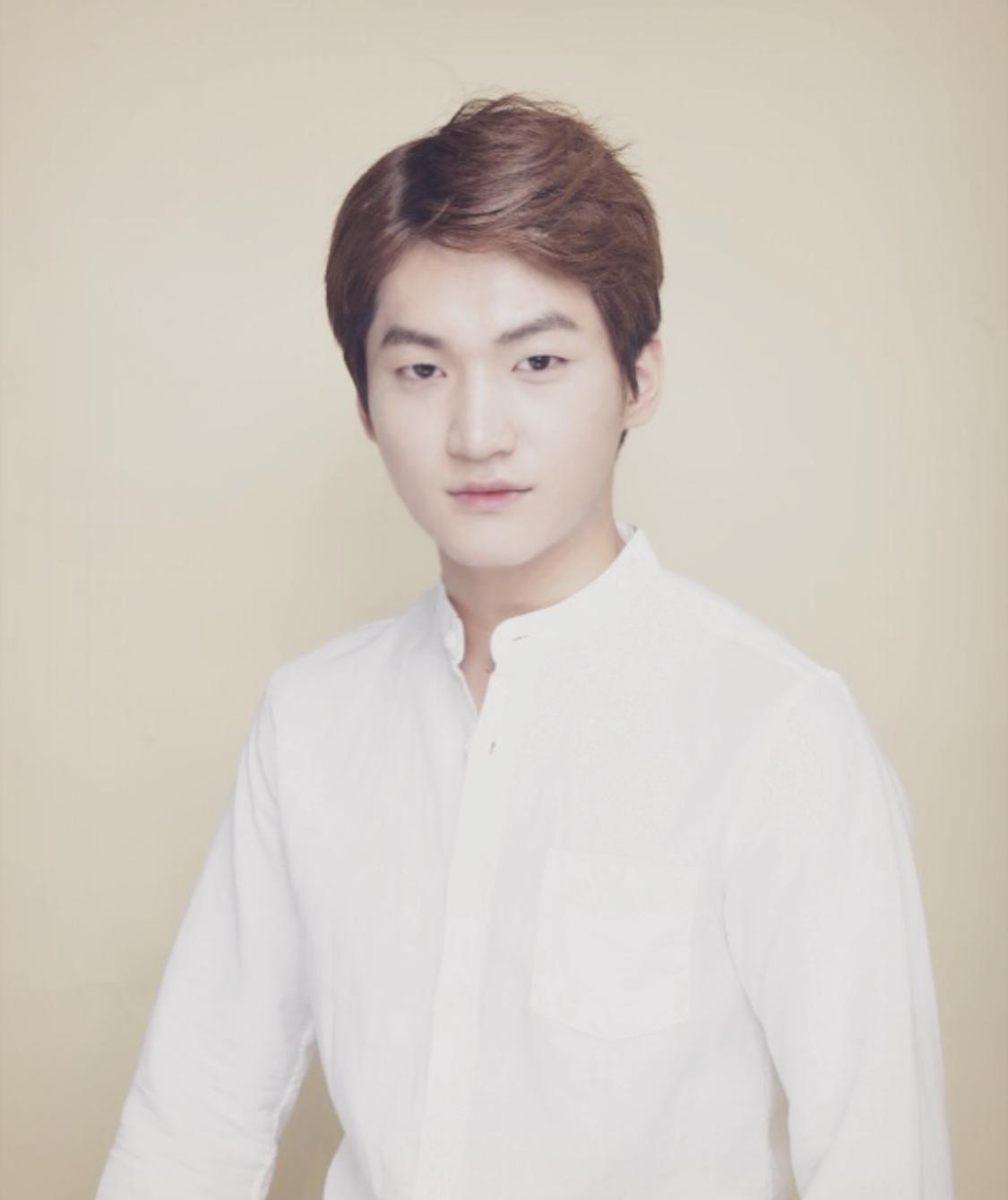 김지현 프로필사진.jpg